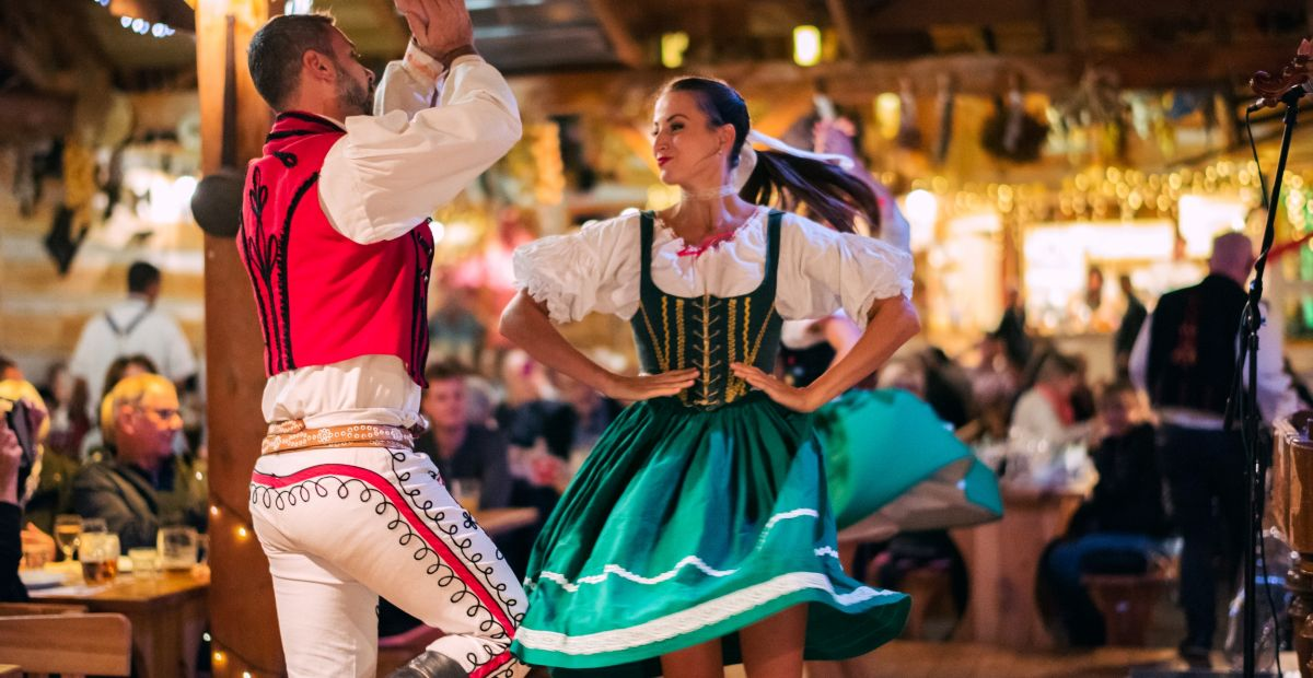 Folklór Garden – la serata folcloristica