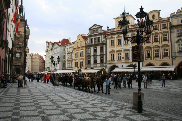 Staroměstské náměstí u Orloje