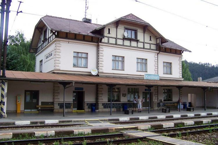 Karlštejn Train Station