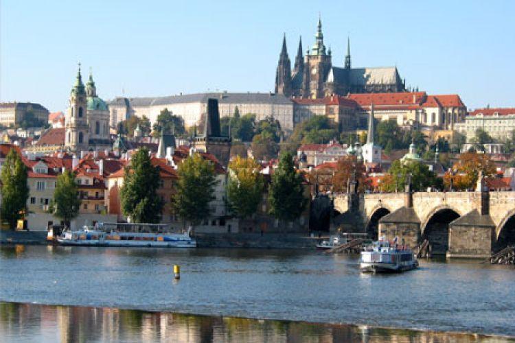 Pražský hrad a řeka Vltava